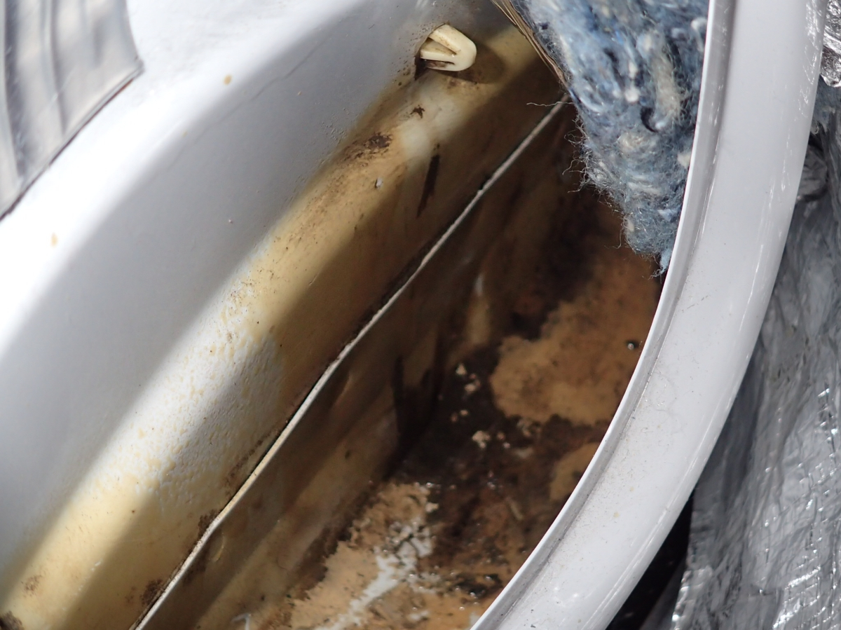Leaking Into Sprinter Cabin Space A Cautionary Tale Of